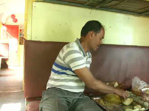Unused coaches of train converted into cafeteria in Patna