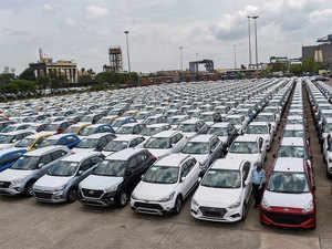 Cars---PTI
