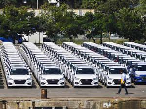 New_Cars_PTI Comyan 1