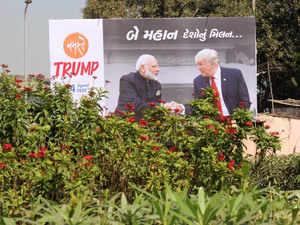 trump modi poster