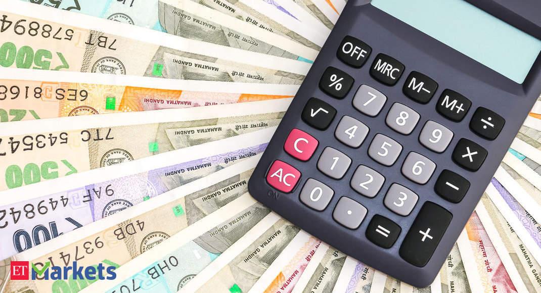 Investors prefer savings schemes & pension plans to risky bets: Survey