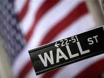 Wall Street collapses