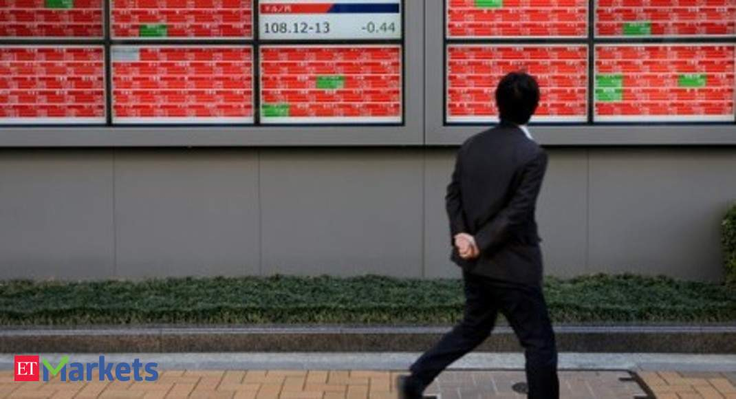 Nikkei closes at 4-month low as coronavirus spreads beyond Asia