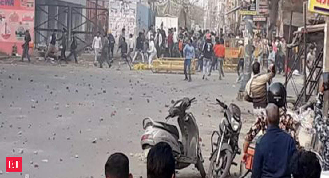 Delhi violence: Television journalists attacked in northeast Delhi, one serious