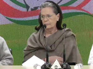 Sonia Gandhi blames Centre, Delhi govt for violence, says 'HM Shah should resign'