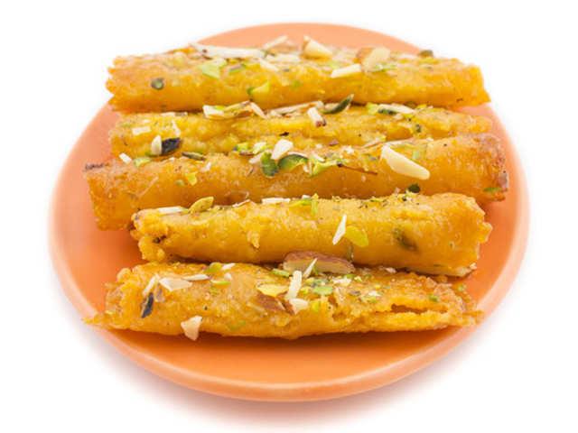 This Holi, satiate sweet cravings with oats and multigrain Malpua rollups