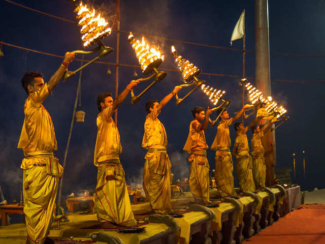 Temples in India are shutting down amid Coronavirus scare - Ganga Aarti in  Varanasi called off | The Economic Times