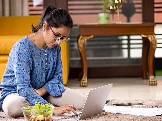 Working from home can be a success by following some basic rules.