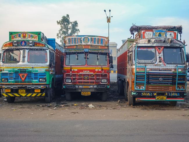 COVID-19 virus: Hit by a virus and lockdown, the wheels are coming off the  Indian logistics industry - The Economic Times