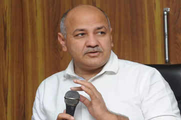 Dangerous situation as exodus of migrant workers continues: Manish Sisodia