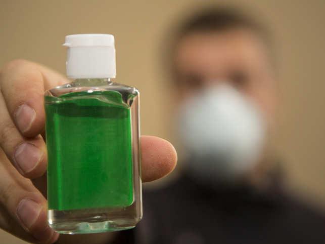 sanitizer-mask_iStock