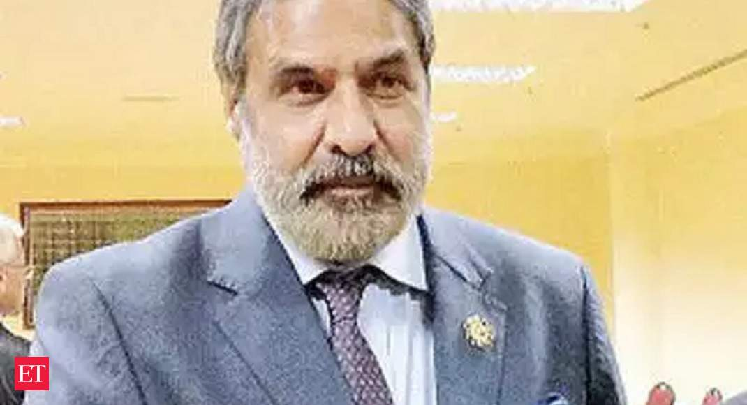 Bold measures, stimulus needed for economic revival, time running out to prevent crisis: Anand Sharma