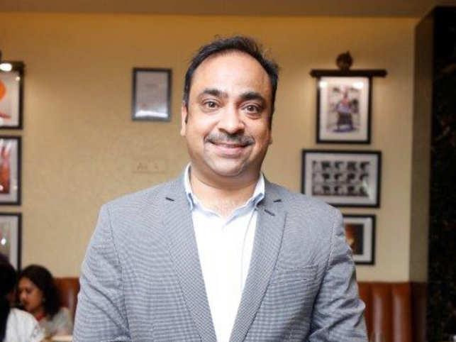 Mr.Yogeshwar-Sharma.v4