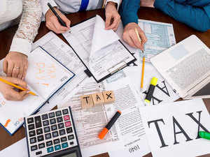 I-T Dept to immediately release pending refunds up to Rs 5 lakh