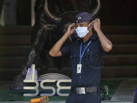 sensex today: Markets Live: Sensex off day's high, still up 600 points; Nifty tests 8,900; bank stocks rally 1
