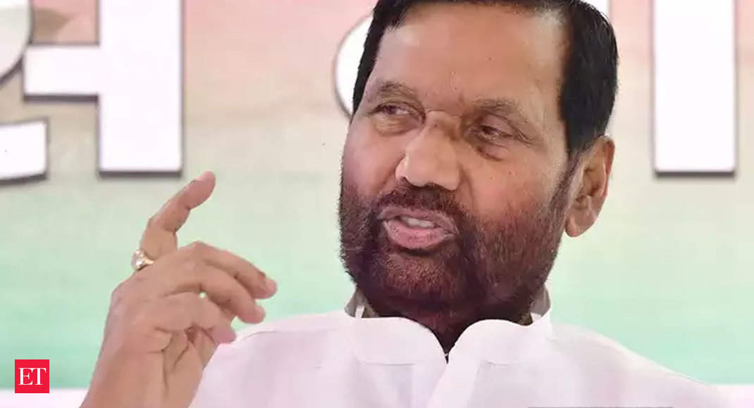 coronavirus impact: COVID-19: Govt to give life insurance cover up to Rs 35L to FCI officials, labourers, says Paswan