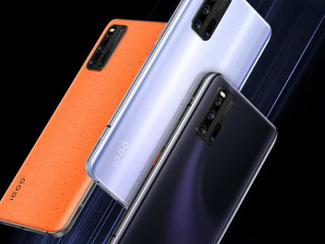 Like almost every other phone these days, the iQoo 3 also packs in a 48MP camera along with two 13MP lenses and a 2MP depth sensor.