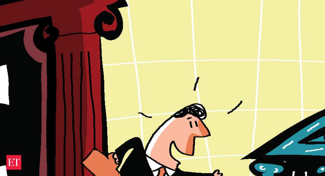 Depositors chase higher rates, prefer small-finance banks over big banks