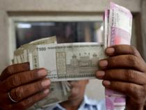 best forex robot rupee-2---Reuters