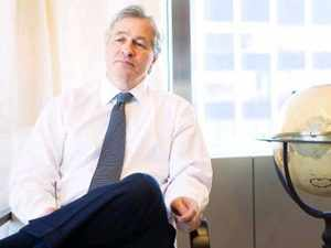 JP Morgan gives its CEO $ 17mn in stock bonus for 2010