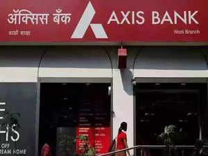 Axis Bank Q4 results: Net loss at Rs 1,388 cr on Covid-19 provisions