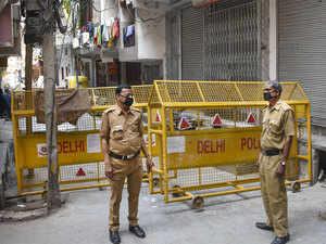Lockdown-delhi-pti