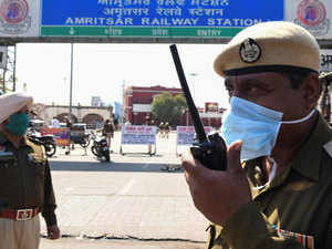 Punjab extends curfew by two weeks after May 3