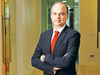 Charisma, cockiness, collapse: how Franklin Templeton's high roller Santosh Kamath skid on his bets