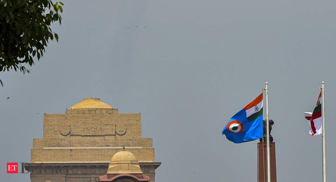 "IAF conducts fly-past over Delhi saluting ""corona warriors"""