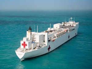 ships-evacuate