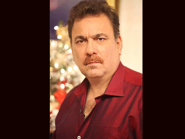 "Khan has been a cinematographer on more than 40 films such as ""Disco Dancer"", ""Zamana"", ""Aandhi-Toofan"", ""Aag Hi Aag"", ""King Uncle"" and ""Gunaah""."