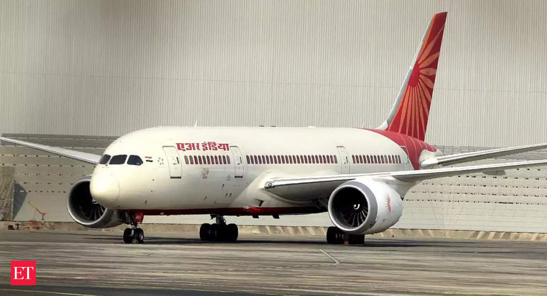 First two Air India flights of Vande Bharat mission land in Kerala
