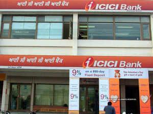 ICICI Bank Q4 net profit rises 26% YoY to Rs 1,221 crore, misses Street estimates