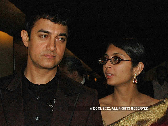 ​Aamir Khan and Kiran Rao followed other guidelines such as sanitising their hands as they offered condolences to Amos's family. ​(Representational Image)