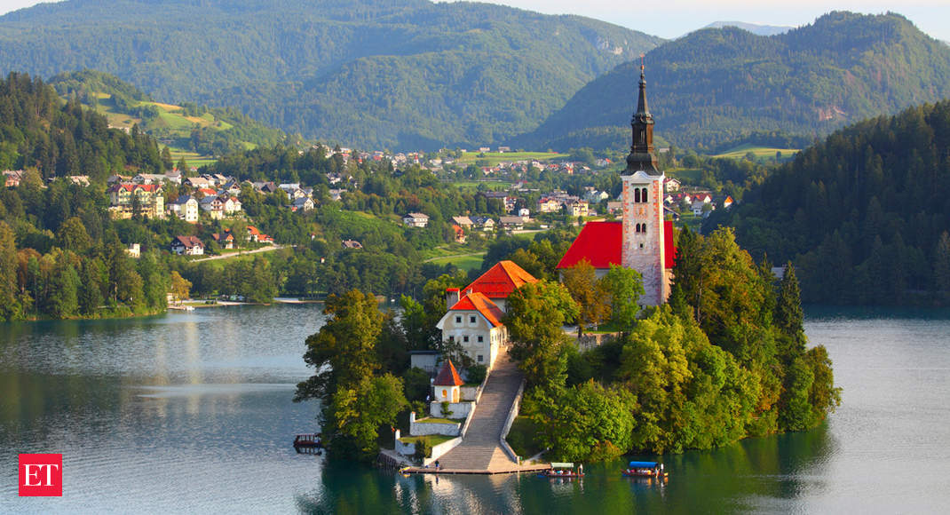 Slovenia opens borders after declaring epidemic over