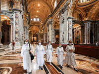 Saint Peter's Basilica reopens its doors after almost two months
