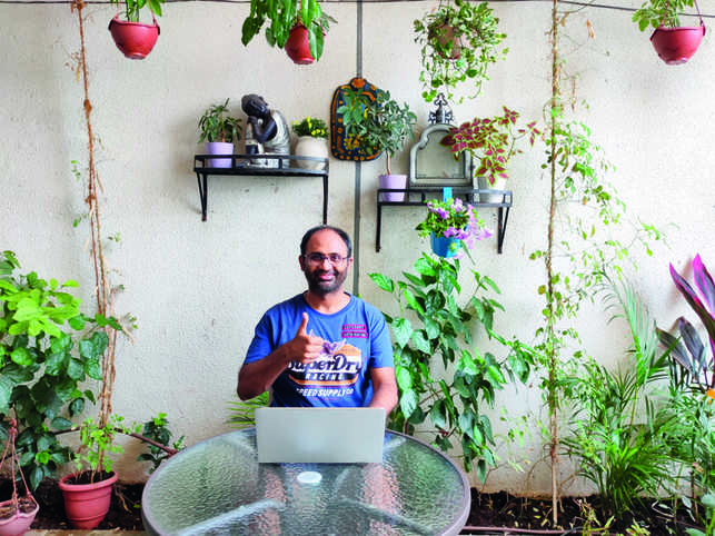 Sridhar says he allocates a dedicated time for house work.