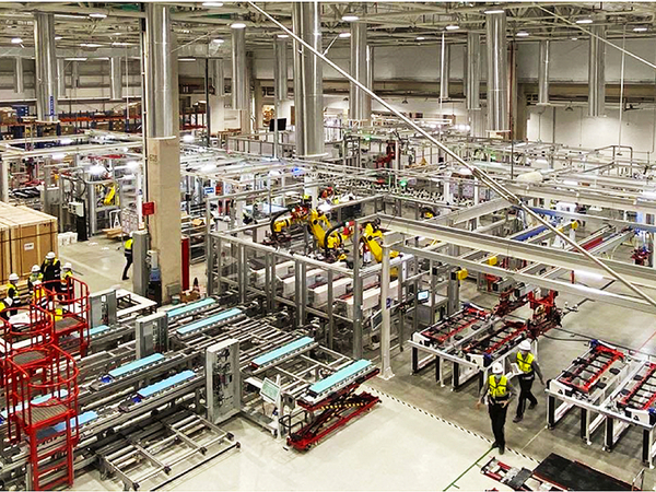 Why global manufacturing won't desert China for India. Automation, near-shoring are the priority.