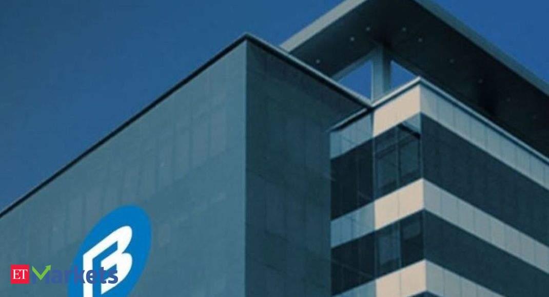 Brokerages mixed on Bajaj Finance post Q4 results