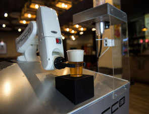 Hello, robotic barman:  Meet this bar bot that is serving contact-free beers