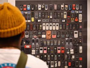 phones-AFP