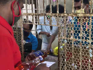 Covid-19 Lockdown: Kerala resumes liquor sale, purchase only allowed with e-tokens