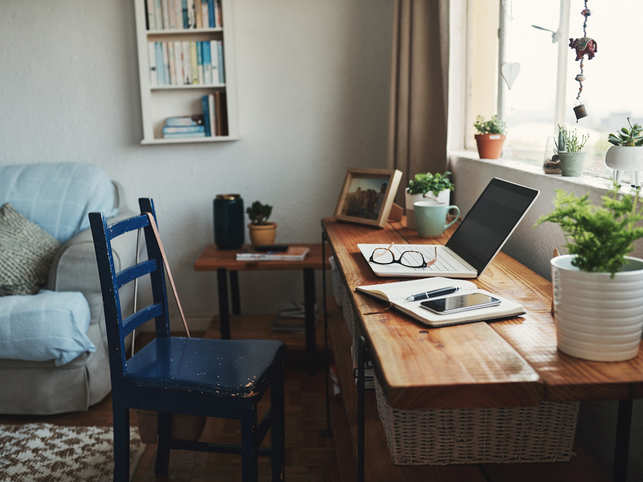 working from home-workspace_iStock