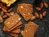 Ditch biscuits & chips, snack on almonds to improve heart health