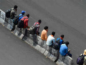 Andhra Pradesh not to unlock borders for inter-state movement of vehicles, people