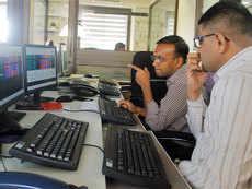 Mutual fund investors struggle to make sense of the Sensex