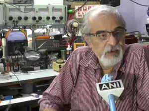 Gujarat: Adhir Saiyadh got a response from SpaceX Crew Dragon's astronauts