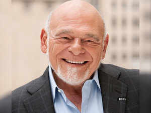 Will pandemic only be a short-term disruption? Billionaire Sam Zell explains