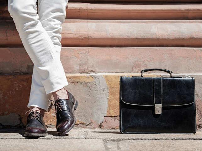 Leather_Shoe_Bag_640x480_Thinkstock