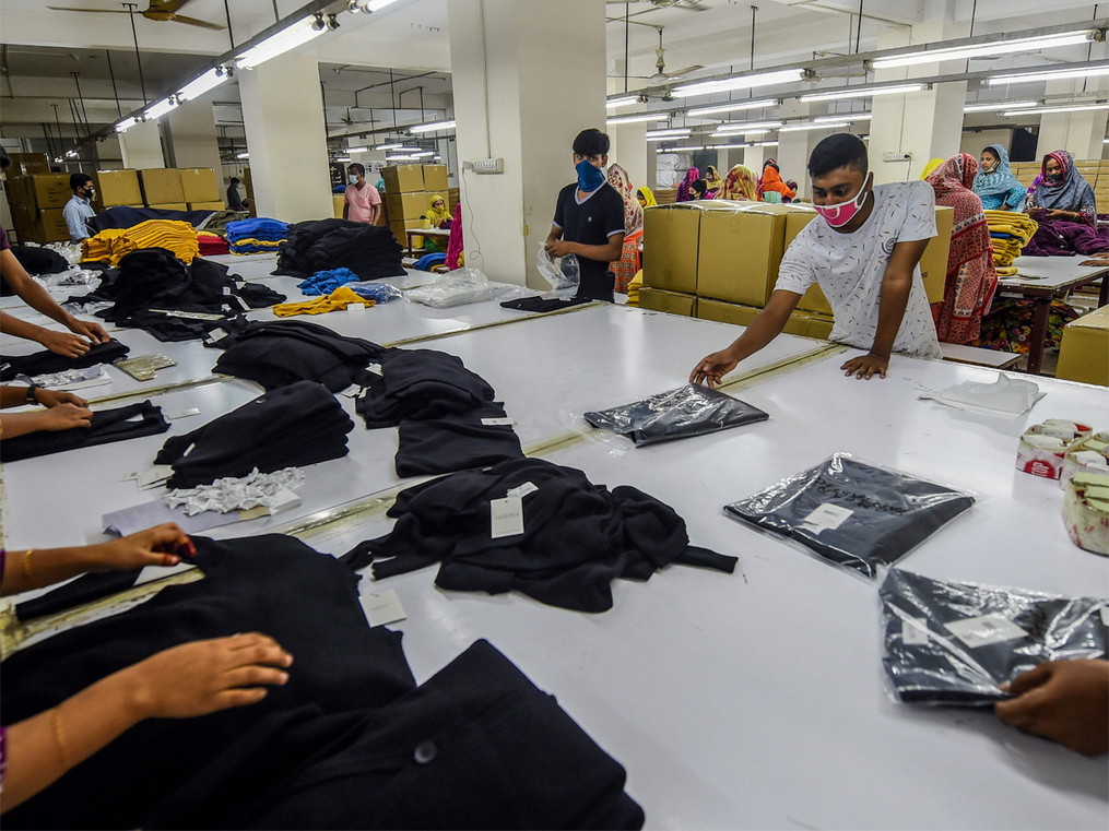 Blue-collar workers likely to see 10-20% wage hike